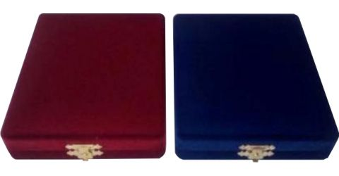 Velvet cases for plaques